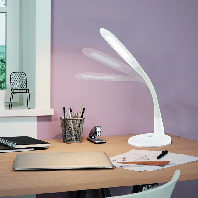 98093 EGLO TRUNCA LED íróasztal lámpa Qi-töltővel